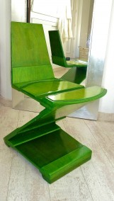 GREEN SEATFELD CHAIR