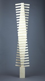 Project Reveen (Plywood construction, 182cm x 36cm x 21.5cm, Dirk Marwig 2014)