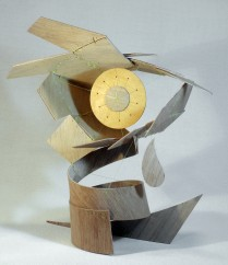 Margareta (-Plywood construction-plywood and fishing line, 48.5cm x 28.5cm x 38cm, Dirk Marwig 2014)