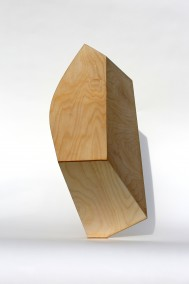 Exercise in Form and Perception  (Freestanding and balanced plywood construction, 62cm x 52cm x 28cm, Dirk Marwig 2016)